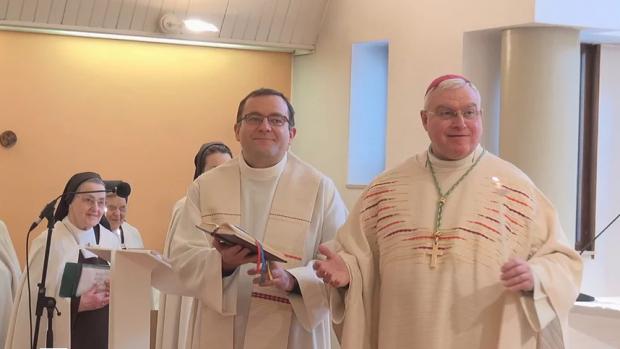 Vie consacrée Mgr et Pierre