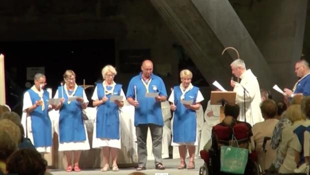 Servir à Lourdes