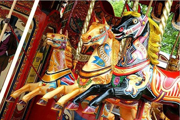 Manège chevaux à bois