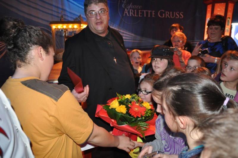 Rencontre des enfants de première communion avec le Cirque Arlette GRUSS 2015