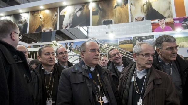 29 fevrier 2016 : Délégation des évêques de France au salon de l agriculture; Paris, (75), France
