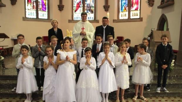 troisfontaines-première communion