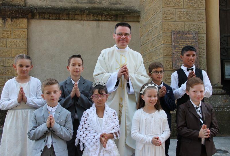 cte-paroisses-st-pierre-des-deux-nied-premiere-communion