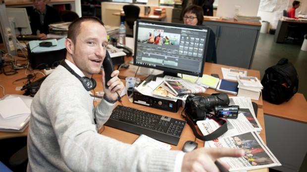 François Grégoire, journaliste, adjoint multimédia, à la rédaction du journal Ouest-France à Saint-Brieuc. Portrait réalisé le 30 Novembre 2012.
