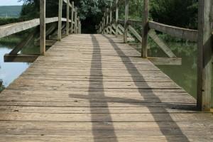 bridge-449318_1920